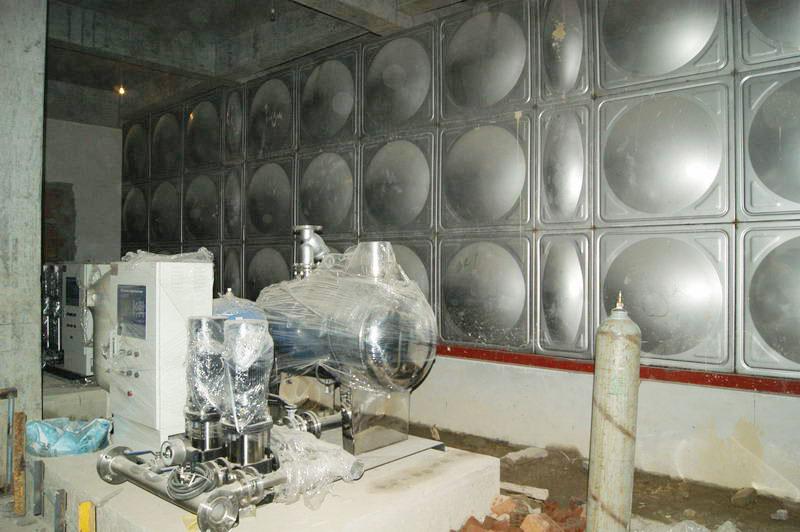 句容世茂花园 泵房110T 一体化项目